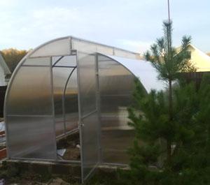 строительство теплицы на дачном участке