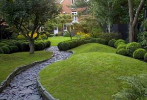 декоративные холмики в саду