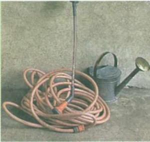 Инструменты для ухода за газоном