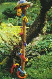 Змея - фигура животного для сада