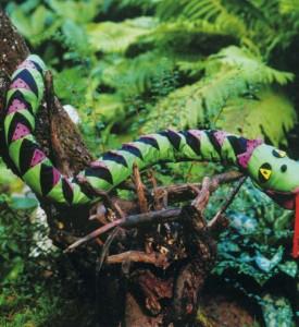 Лоскутная змея для сада