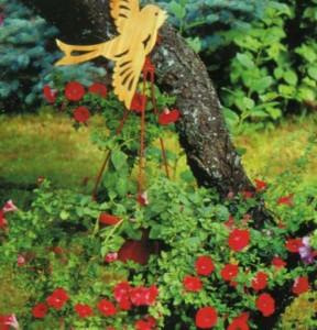 Декоративные поделки для сада