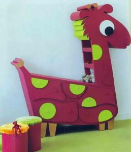 Детский комод в виде жирафа