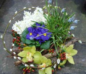 Украшение интерьера с живыми цветами