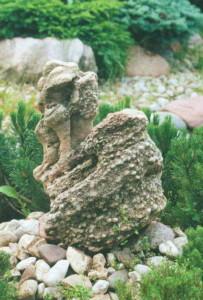 Садовые украшения из камня