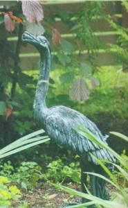 Статуэтка птицы