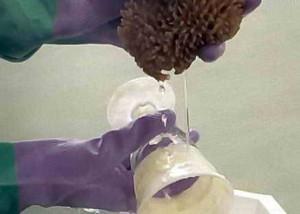 Смывание кислоты с поверхности