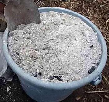 Состав для удобрения почвы